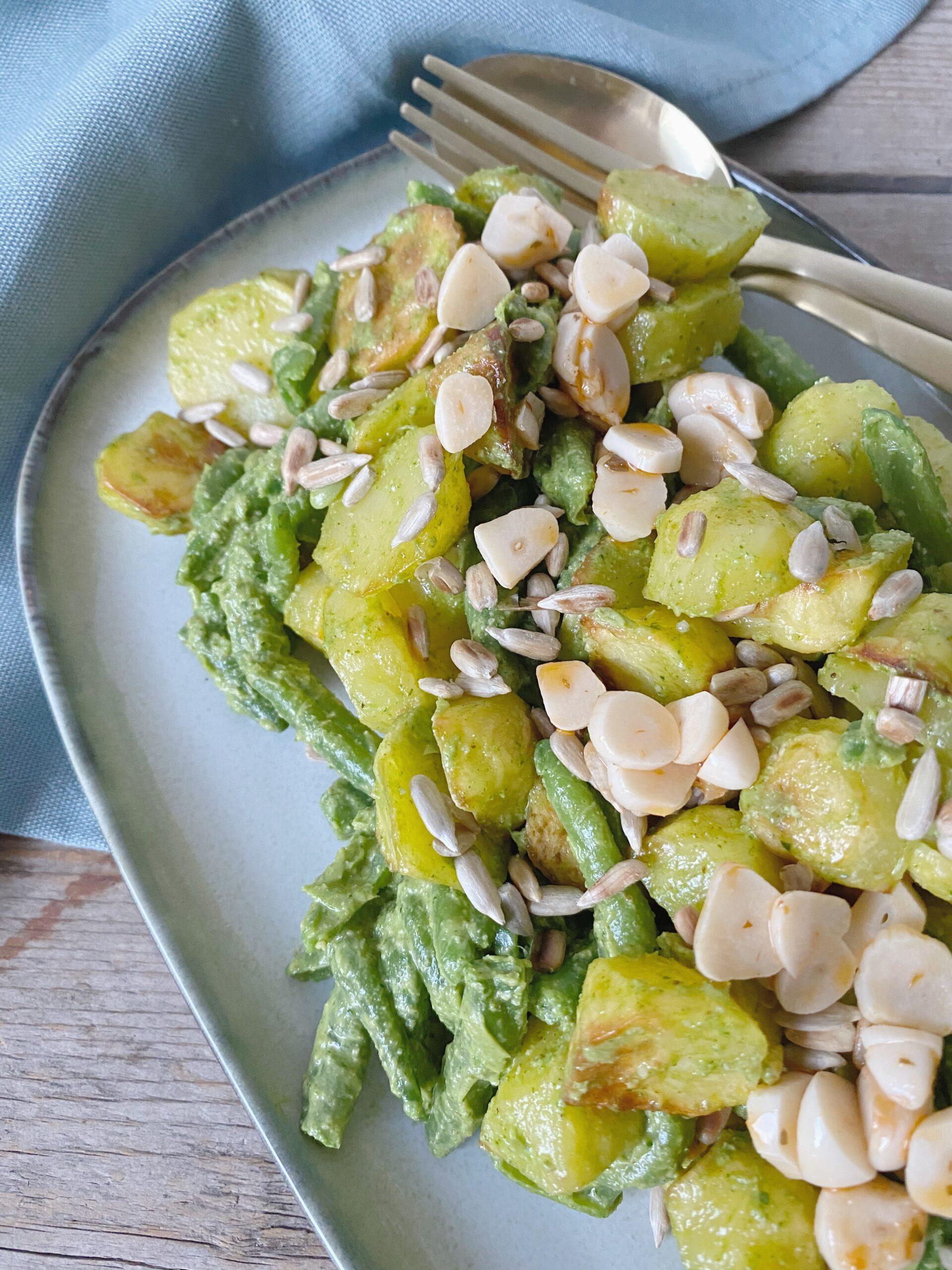 Kartoffelsalat med bønner og pesto