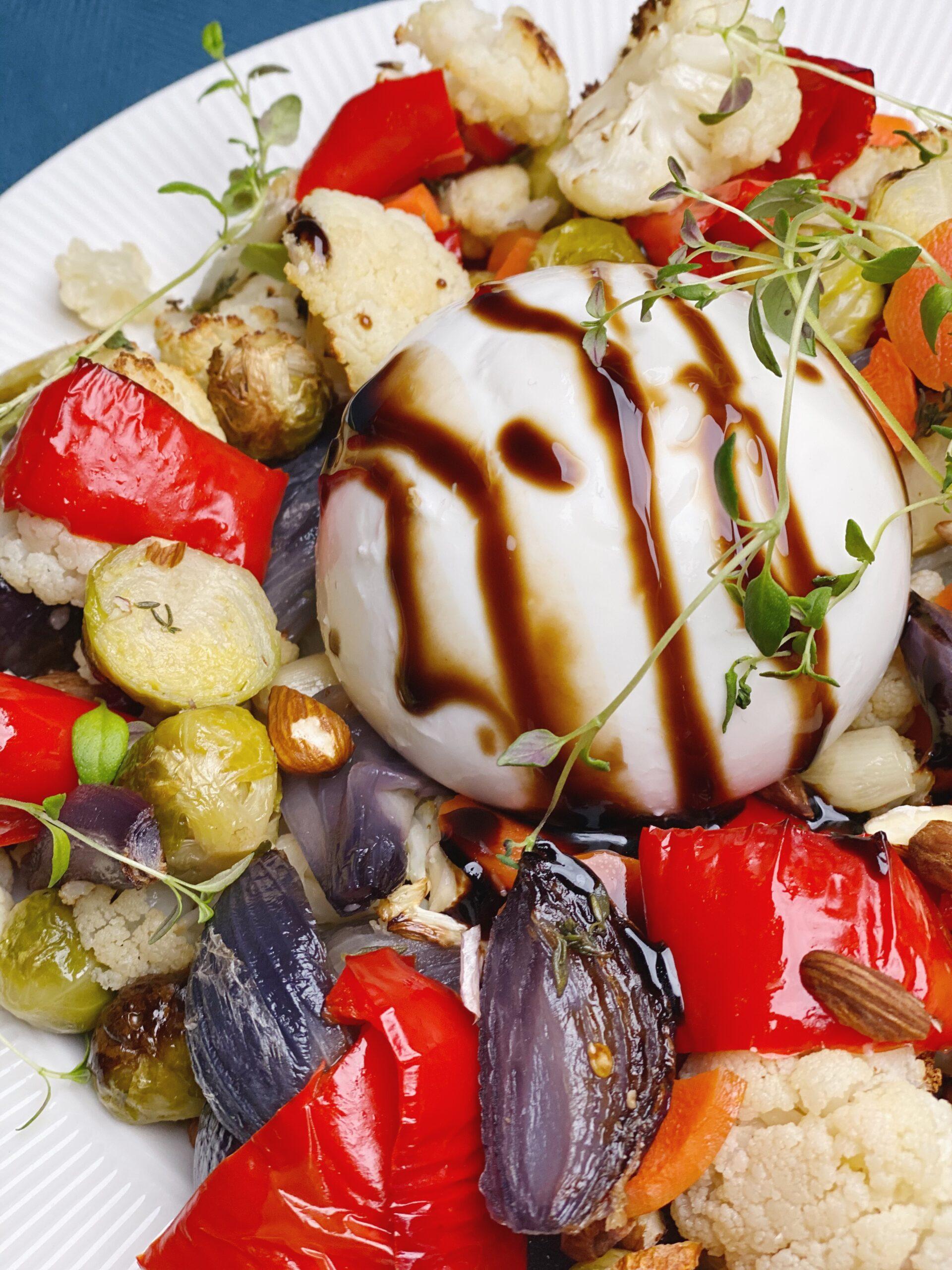 Stegte grønsager med burrata og balsamico glaze